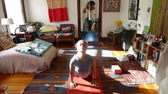 Simple 5min Morning Yoga Practice